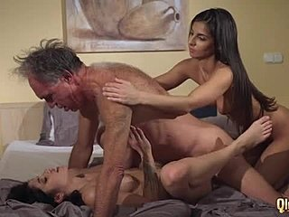 Free tightest pussy porn