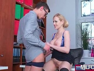 zrelé mama sex videá Gay porno dokumentárne
