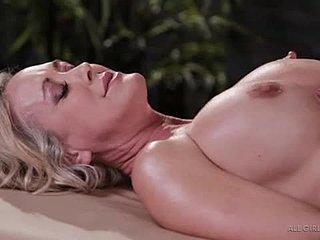 Brandi kärlek lesbisk sex enorma kön